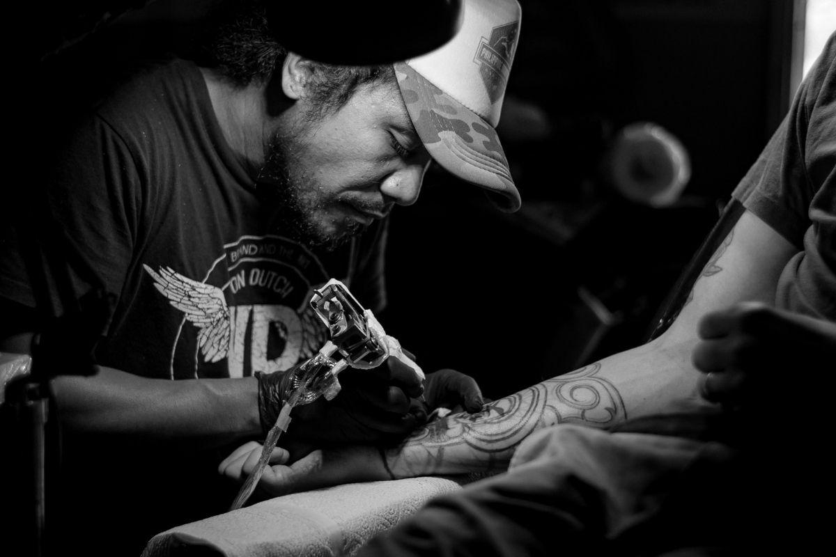 jobbe som tatovør
